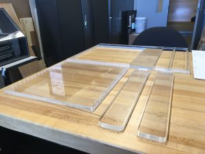 8-plexiglass-pieces-for-assemble